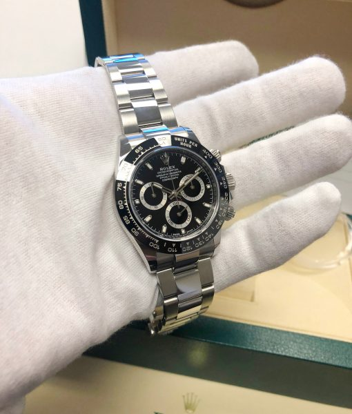 Rolex daytona chronograph 116500LN Black Dial full set box and papers warranty card